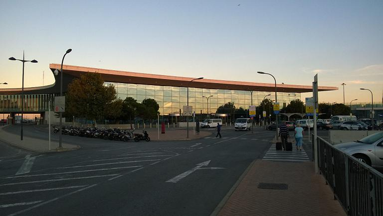 Фотообзор аэропорта Гибралтар