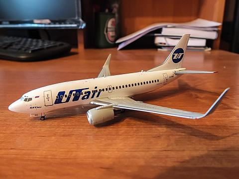 JC Wings: Боинг-737-500 авиакомпании ЮТэйр в масштабе 1:200