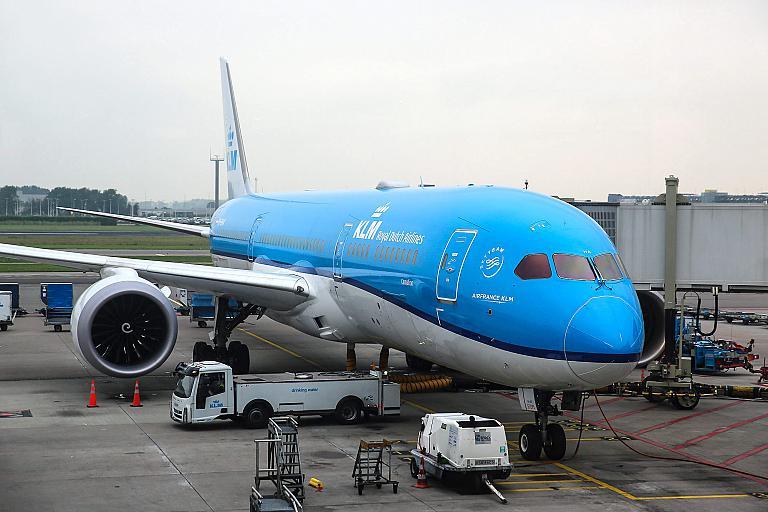 Амстердам-Торонто на Боинге-787-9 KLM