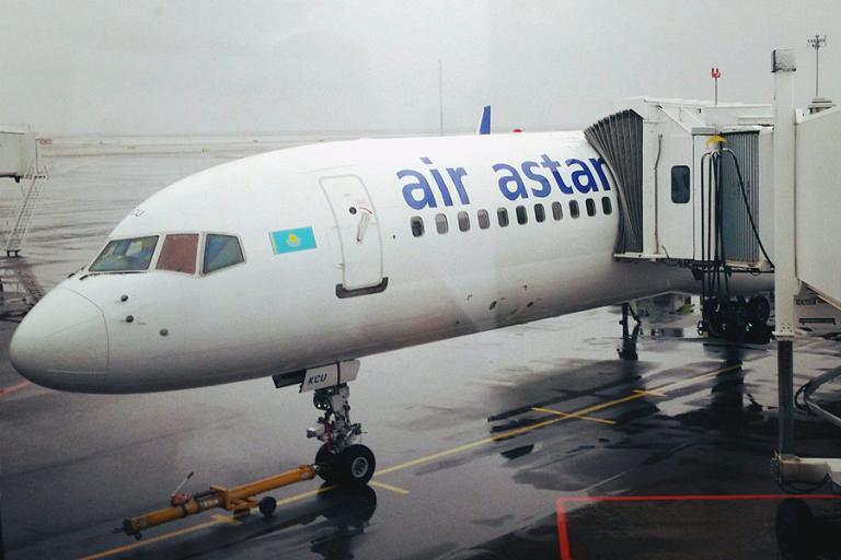 Маленький отчет (25 фото) об обновленном Boeing 757 Air Astana