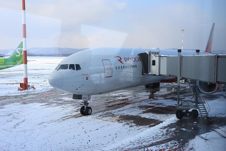 На Дальний Восток через Китай. Часть 3. Россия B-777-300, Владивосток - Шереметьево.