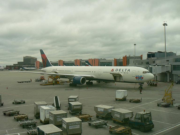 Фотообзор полета на самолете Boeing 767-400