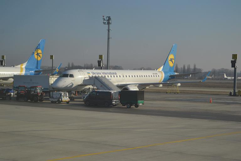 Скандинавия 2020. Киев (KBP) - Копенгаген (CPH) E190 UIA.