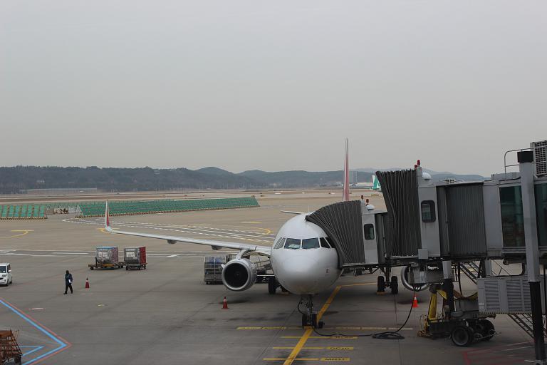В гости к кхмерам. Часть 5 - Phnom Penh (Pochentong - PNH) - Seoul (Incheon - ICN), с Asiana Airlines на A-321