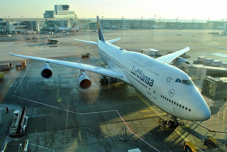 Фотообзор полета на самолете Boeing 747-8