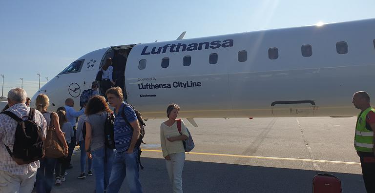 От моря Охотского до моря Адриатического ч.5 Мюнхен (MUC)-Пула (PUY). а/к Lufthansa CityLine Bombardier CRJ-900LR (бизнес класс).