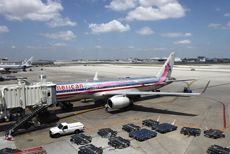 A Flight within the US: New York-Miami with American Airlines