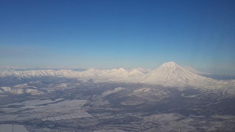 В край гейзеров и вулканов с бизнесом от S7