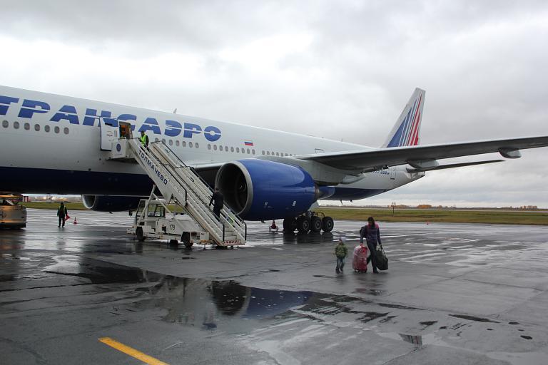 Москва→Новосибирск→Москва с Transaero (UN127/UN128) на Boeing 777-200ER