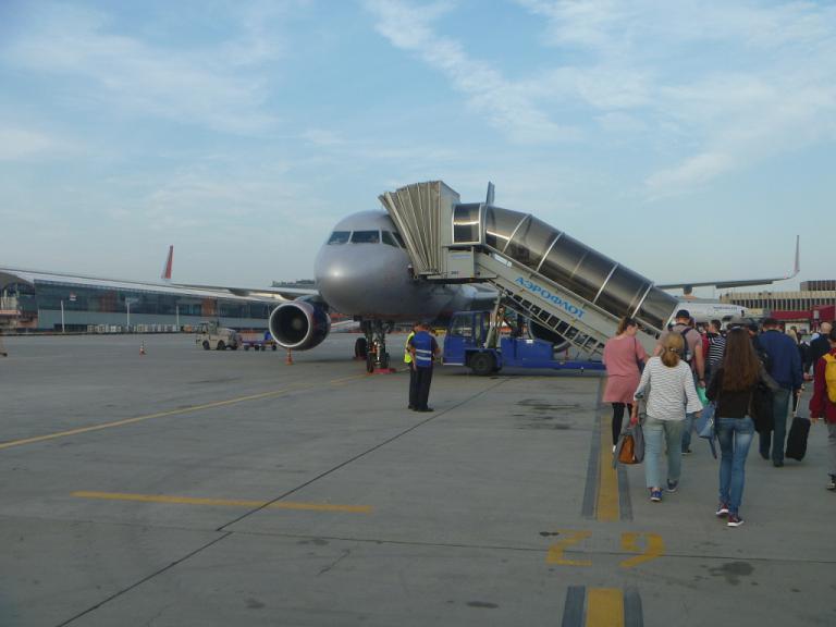 Европейский voyage. Часть 2. Москва (SVO/D)-Берлин (SXF) на Airbus A320 АЭРОФЛОТ.