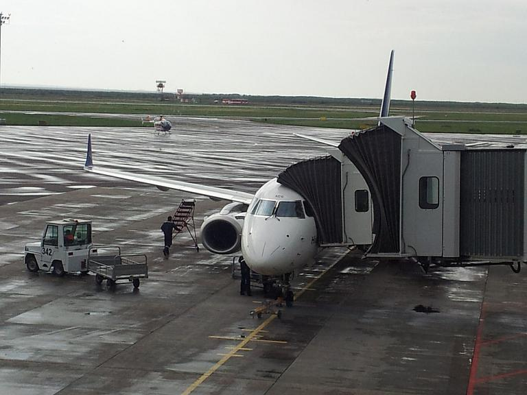 Павлодар - Астана с Эйр Астана на Е190 или как я приехал притык в аэропорт и пропустил хорошую весть!