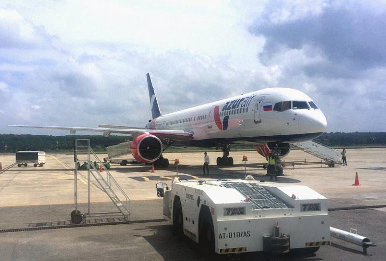 Полет домой с Azur Air на ВС В757-200
