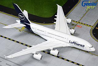 Модель самолета Airbus A380