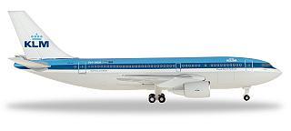 Модель самолета Airbus A310