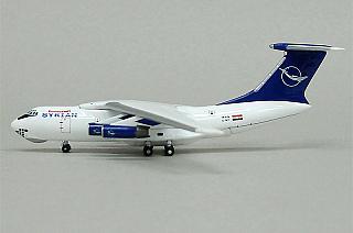 Модель самолета Ильюшин Ил-76