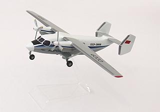 Модель самолета Антонов Ан-28
