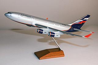 Модель самолета Ильюшин Ил-96