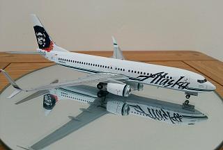 Модель самолета Boeing 737-800