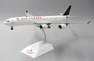 Модель самолета Airbus A340-500
