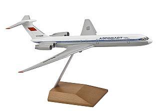 Модель самолета Ильюшин Ил-62