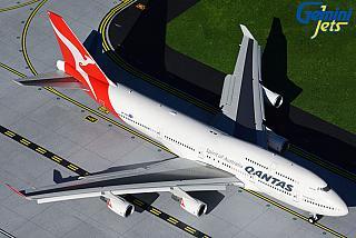 Модель самолета Boeing 747-400 (с механизацией крыла)