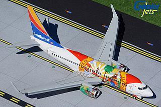 Модель самолета Boeing 737-700