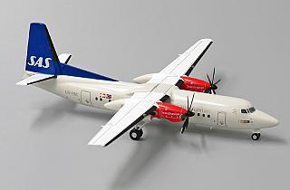 Модель самолета Fokker 50