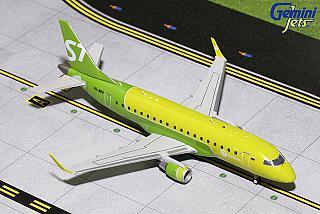 Модель самолета Embraer 170