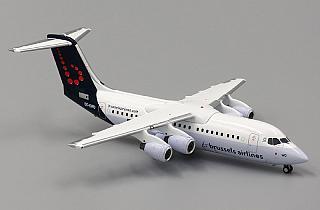 Модель самолета BAe Avro RJ100