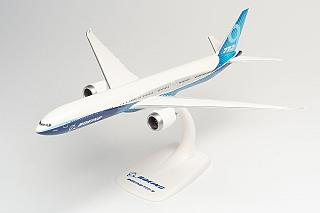 Модель самолета Boeing 777-9