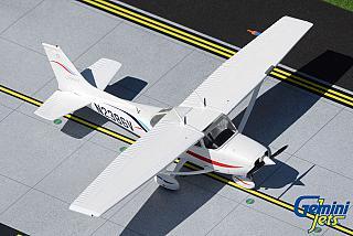 Модель самолета Cessna 172