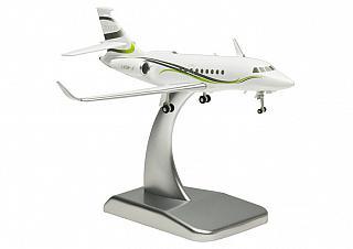 Модель самолета Dassault Falcon