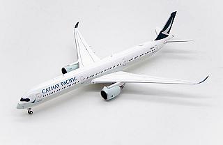 Модель самолета Airbus A350-1000 (с дефектом)