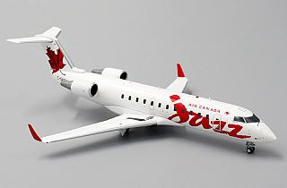 Модель самолета Bombardier CRJ-100/200