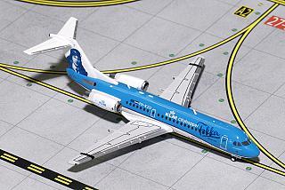 Модель самолета Fokker 70