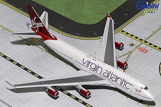 Модель самолета Boeing 747-400