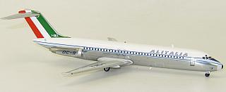 Модель самолета Douglas DC-9