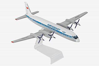 Модель самолета Ильюшин Ил-18