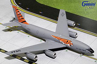 Модель самолета Boeing 707