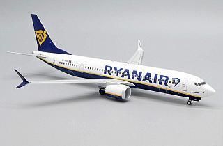 Модель самолета Boeing 737 MAX 200
