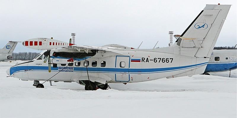 Самолет Л-410 Казанского авиапредприятия