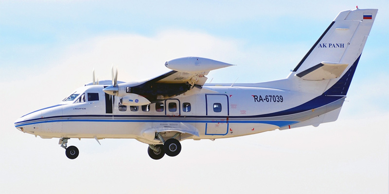 Самолет Л-410 авиакомпании ПАНХ