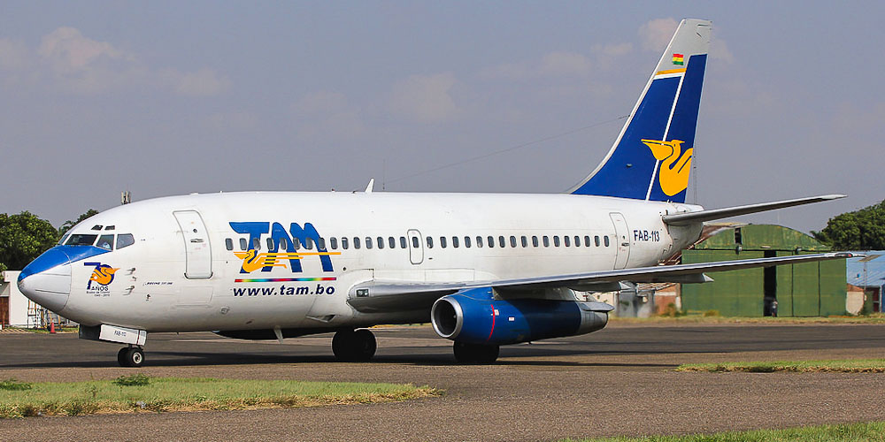 Самолет Боинг-737-200 авиакомпании TAM