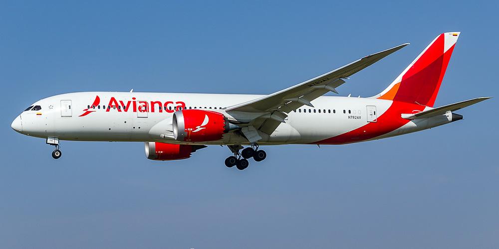 Самолет Боинг-787-8 авиакомпании Avianca