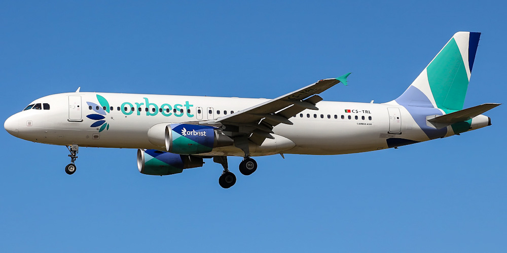 Самолет Airbus A320 авиакомпании Orbest