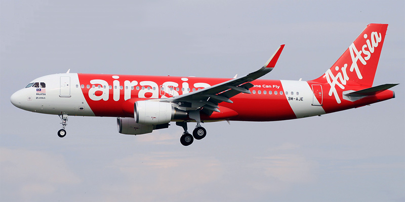 Самолет Airbus A320 авиакомпании AirAsia