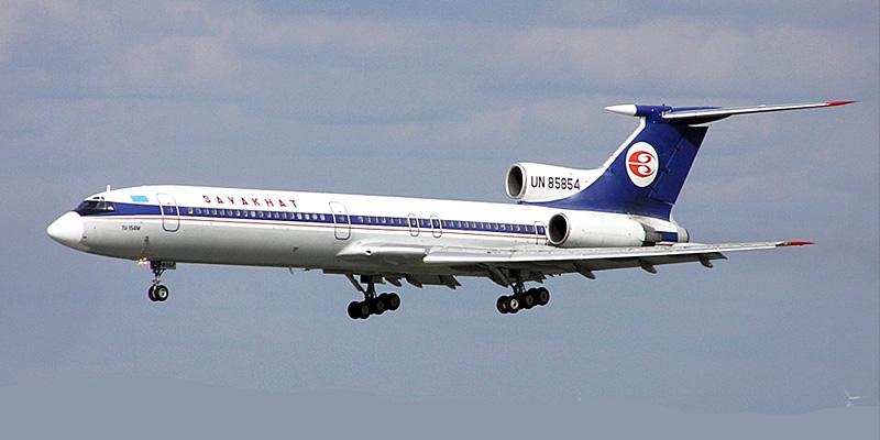 Самолет Ту-154 авиакомпании Саяхат