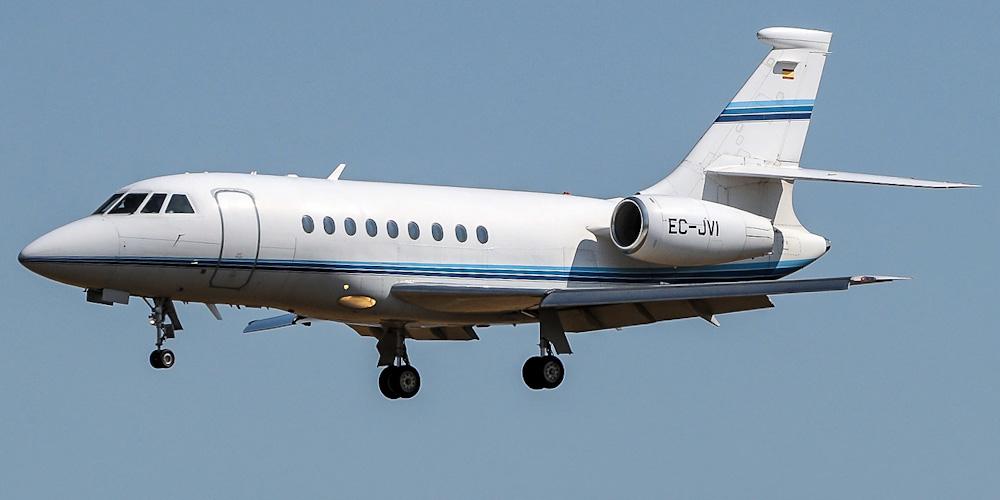 Самолет Falcon 2000 авиакомпании Gestair