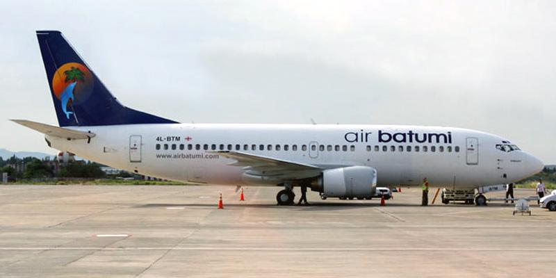 Самолет Боинг-737-300 авиакомпании Air Batumi