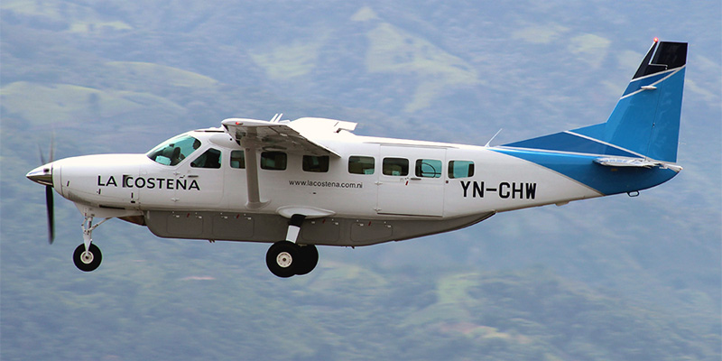 Самолет Cessna Caravan авиакомпании La Costena